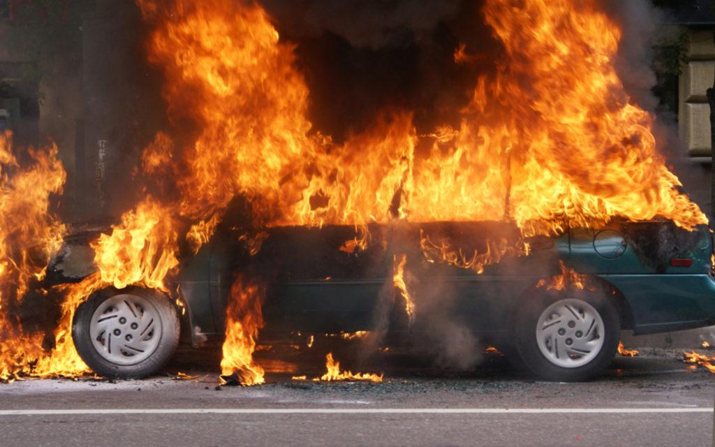 возгорание машины - страховой случай по КАСКО без ДТП
