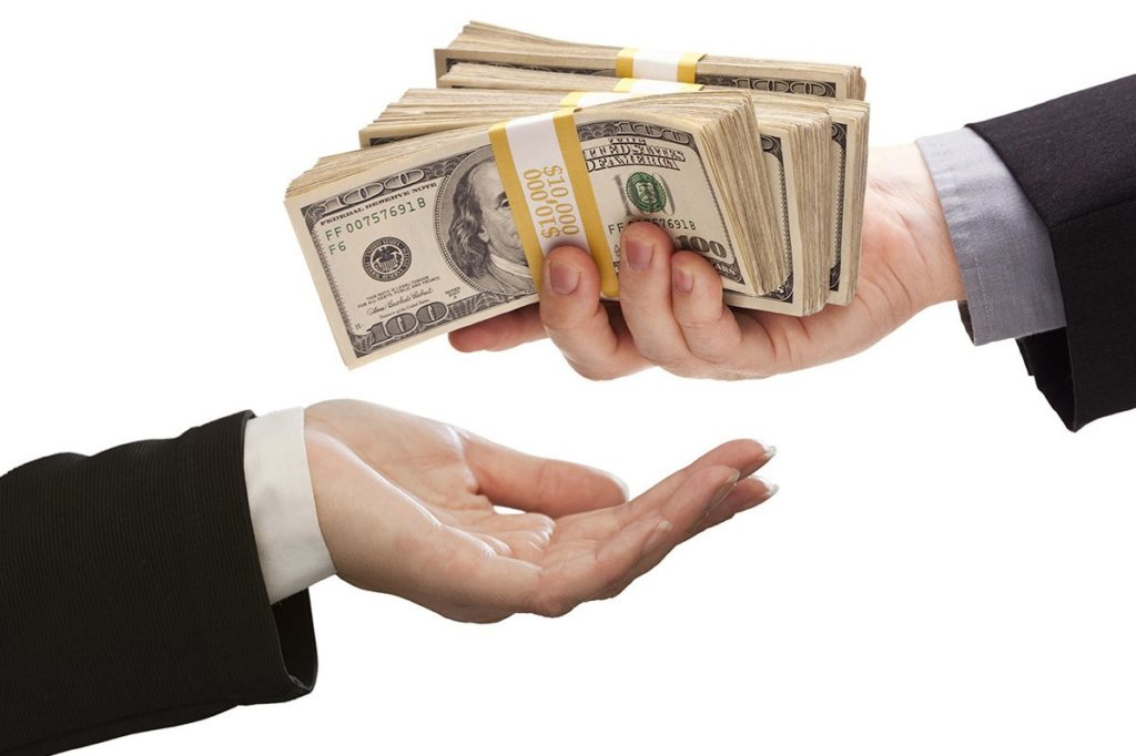 обязательно ли оформлять страховку кредита в сбербанке,