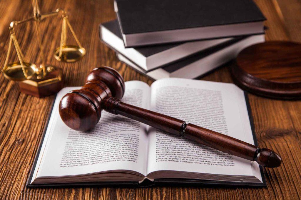 отказ в выплате при страховом случае в случае выполнения судебных