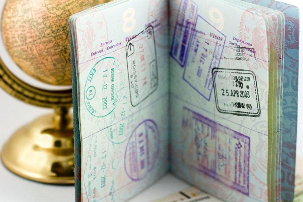 нужна ли страховка за границу, если есть виза