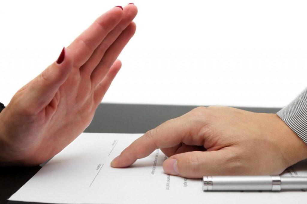 как оформить отказ от страховки по автокредиту и вернуть деньги?