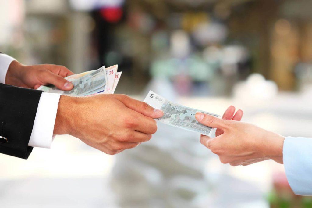 сколько можно получить денег при отказе от страховки в Райффазен банке