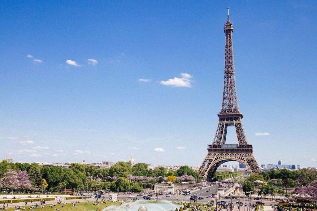 особенности туристической страховки в Францию