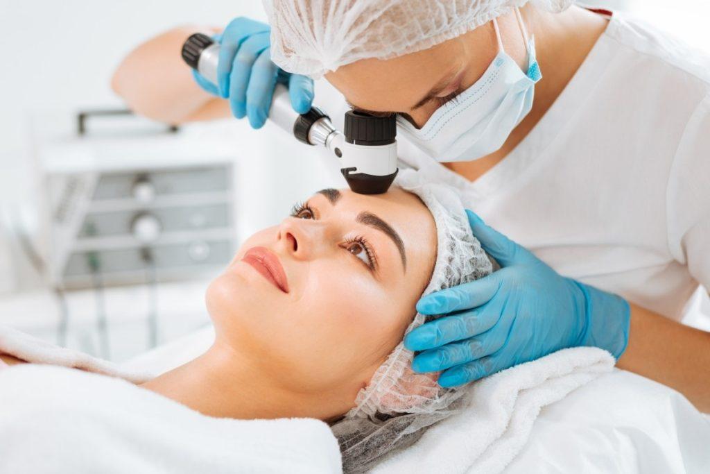 Какие услуги предоставляет дерматолог по полису омс