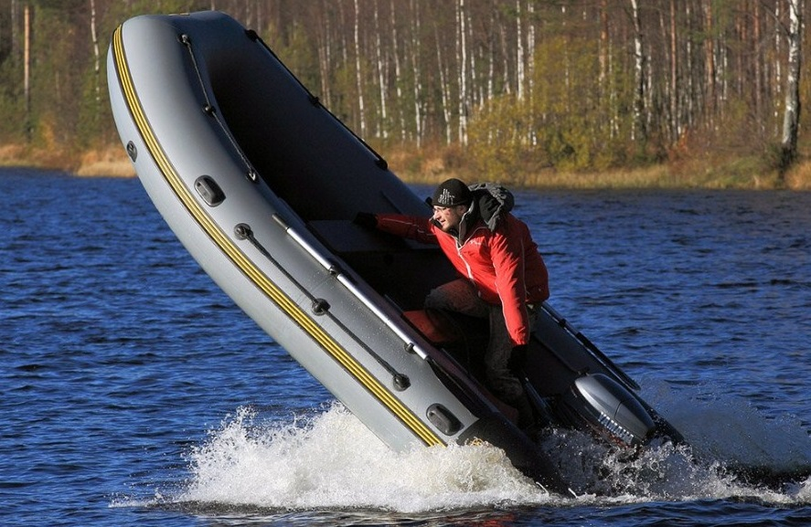 страховка лодочного мотора, риски