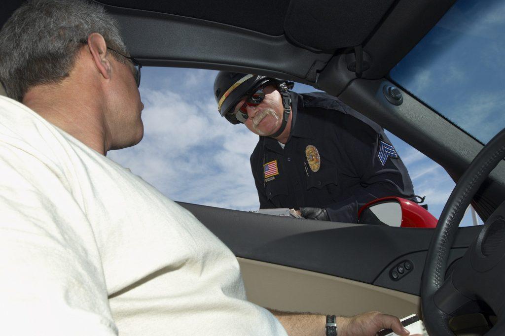Как проверять страховку на автомобиль в Республике Казахстан, предъявление дорожной полиции