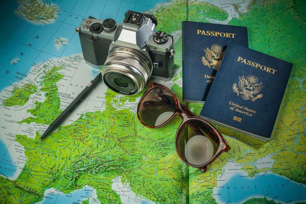 Какие документы нужны для оформления страховки для путешествий по России