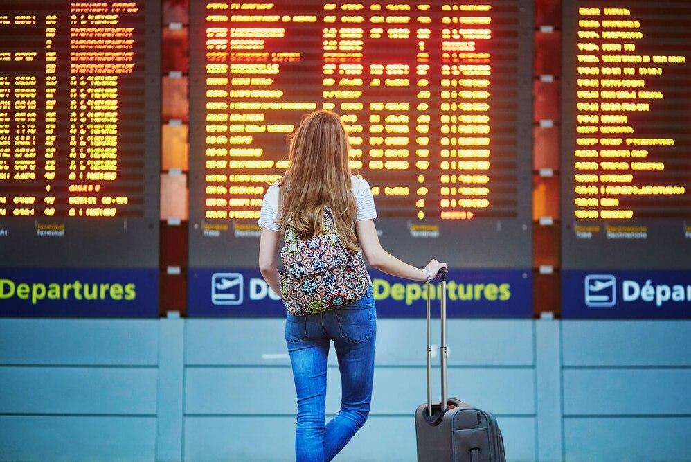 как действовать при задержке рейса
