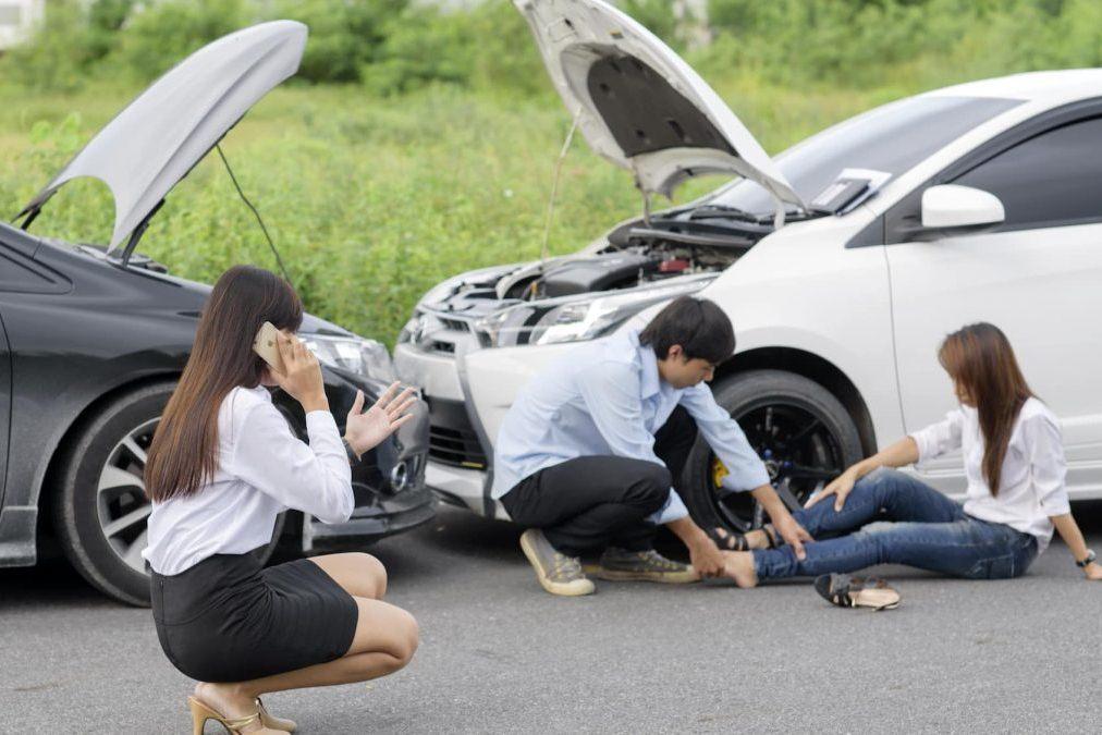 Обязательно ли извещать о ДТП в страховую компанию