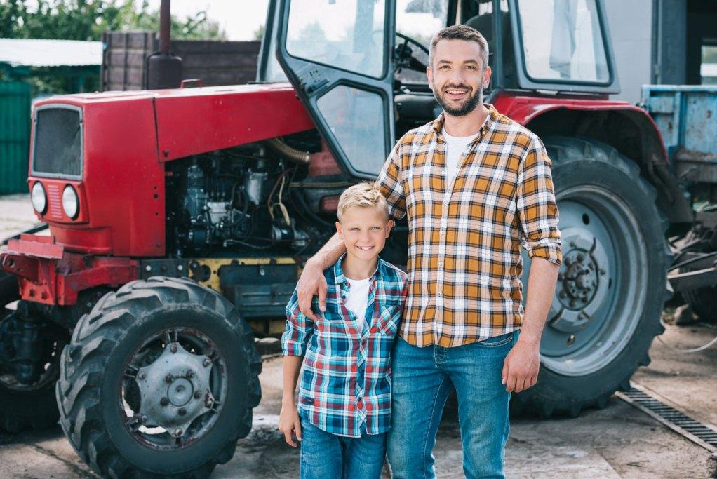 Нужна ли страховка ОСАГО на трактор