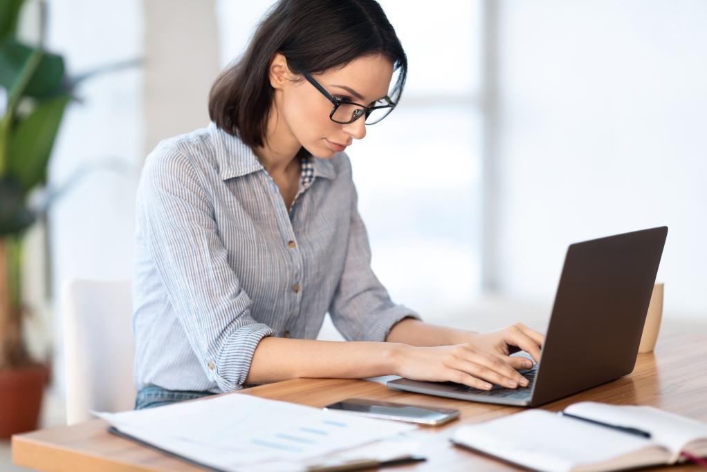 как работать с единым реестром застрахованых лиц по ОМС