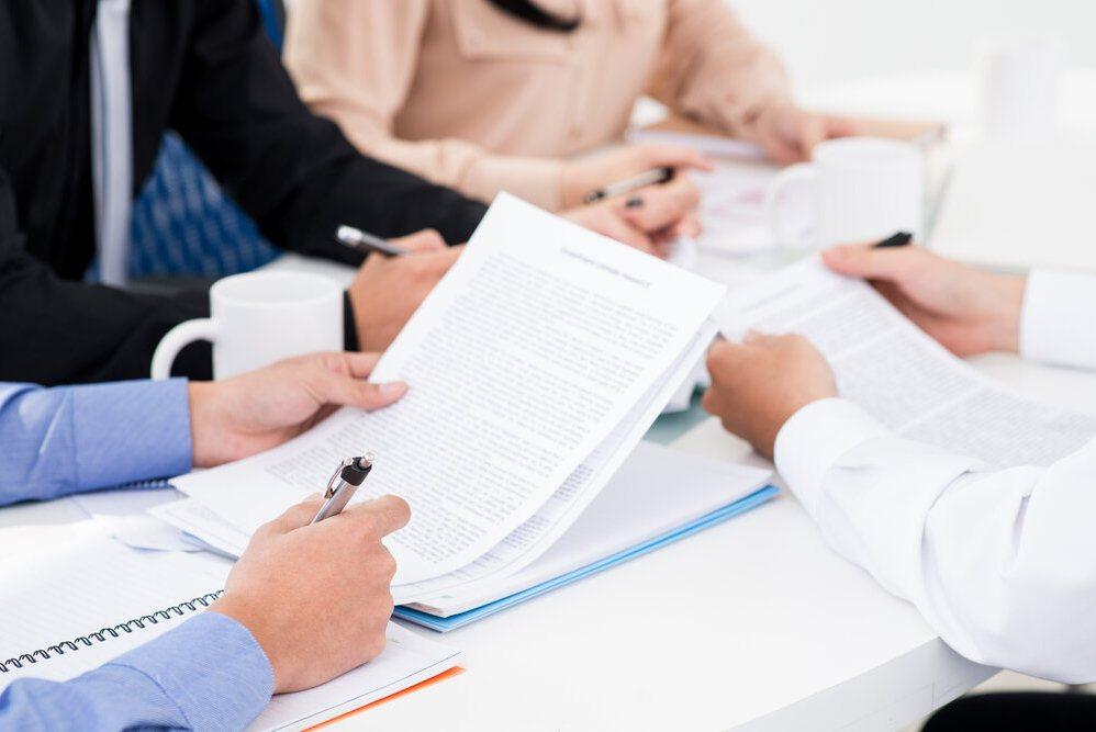 условия страхования контрактов