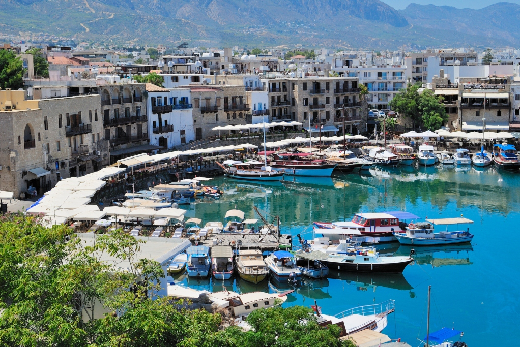 где находится городок Полис на Кипре