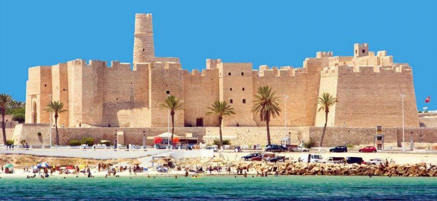 нужна ли страховка в Тунис