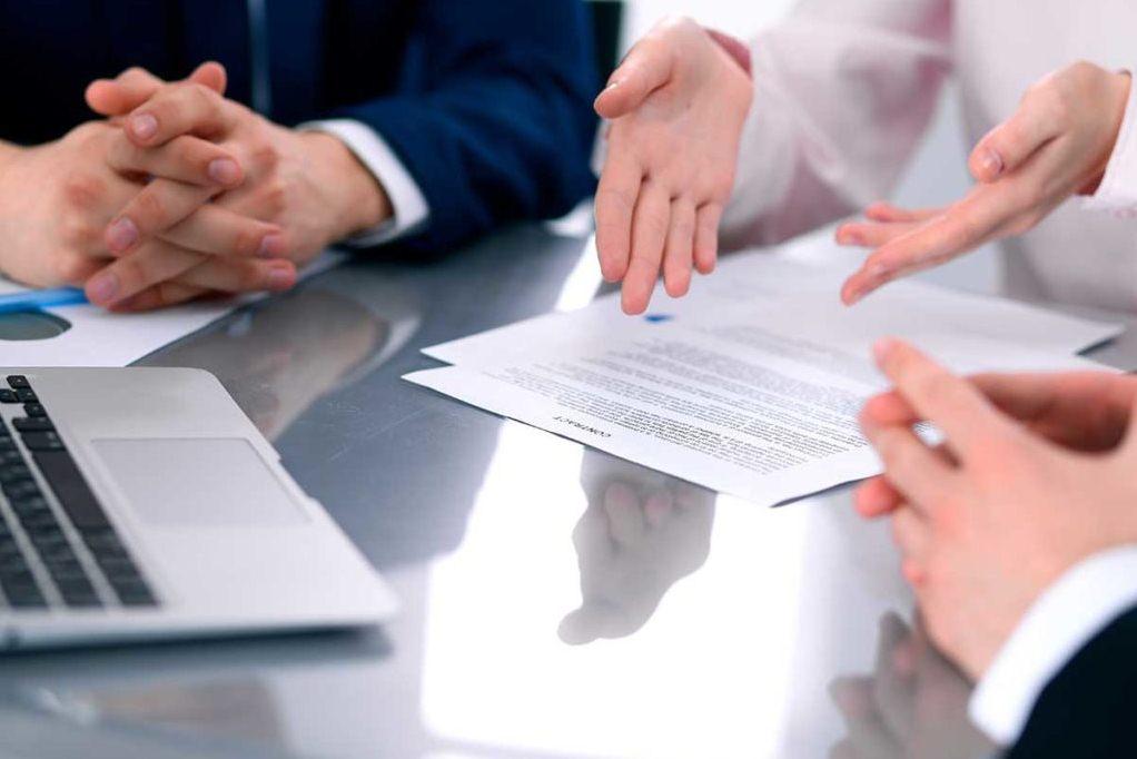 почему страховые компании навязывают оформление договора страхования жизни при оформлении полиса ОСАГО
