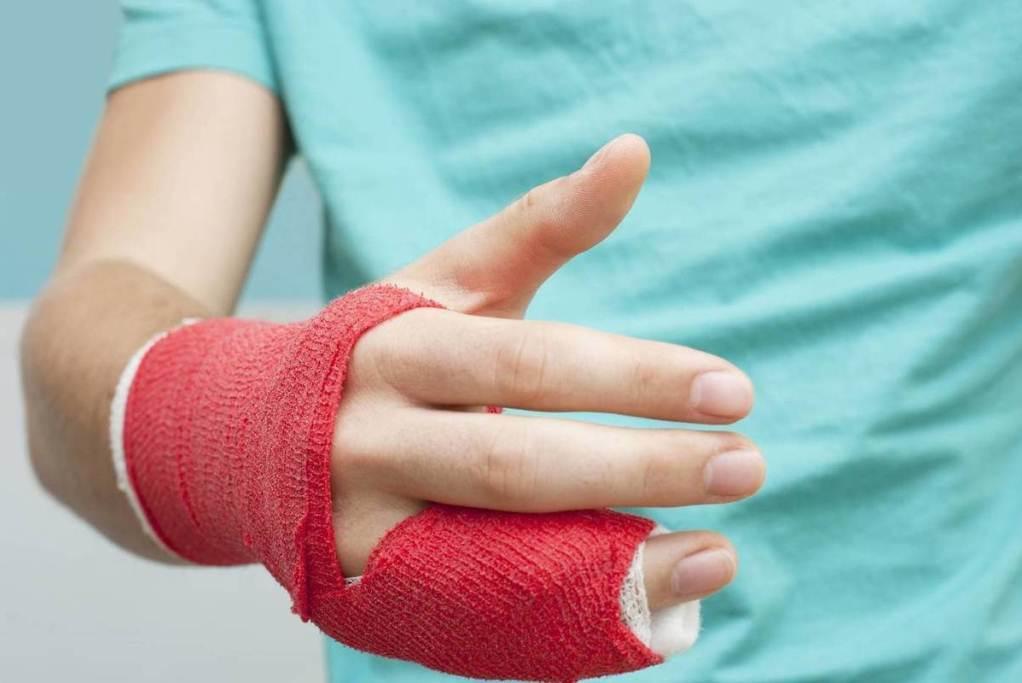 выплата страаховки при переломе пальца