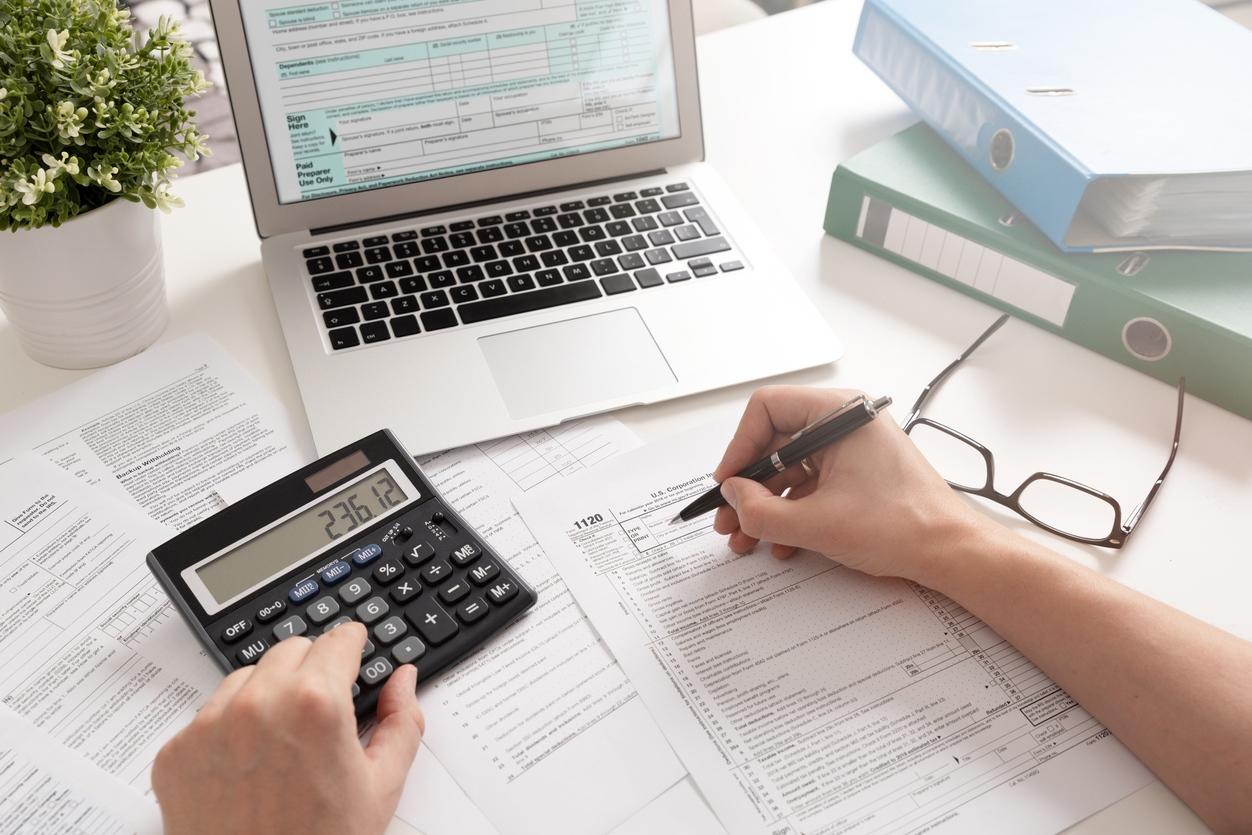 особенности расчета по страховым взносам, код застрахованного лица