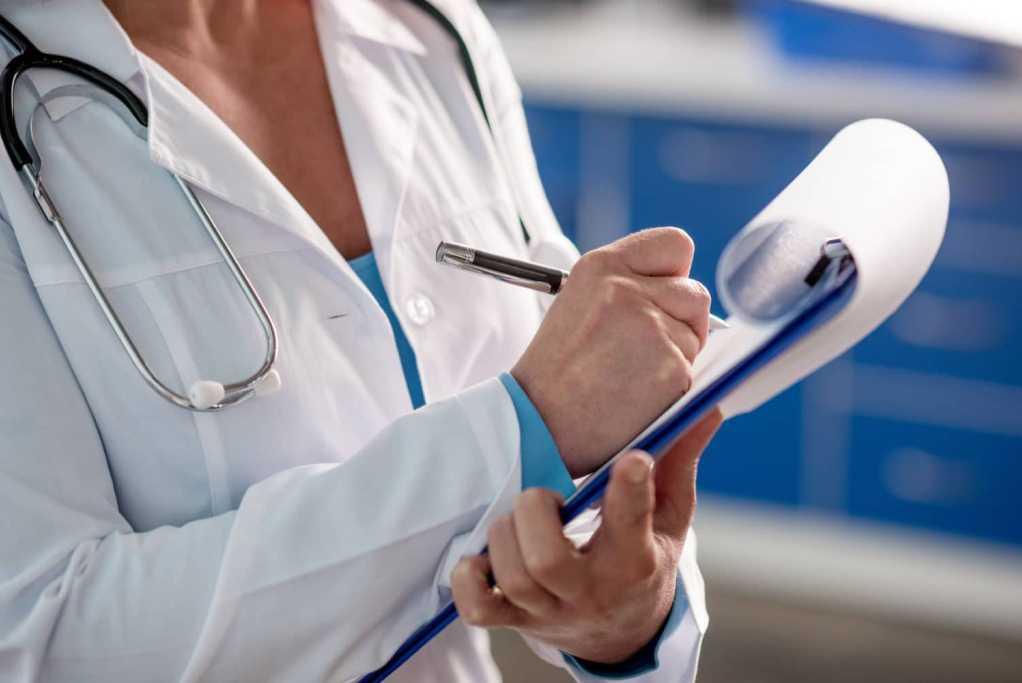 какие документы нужны для прикрепления к поликлинике по полису ОМС