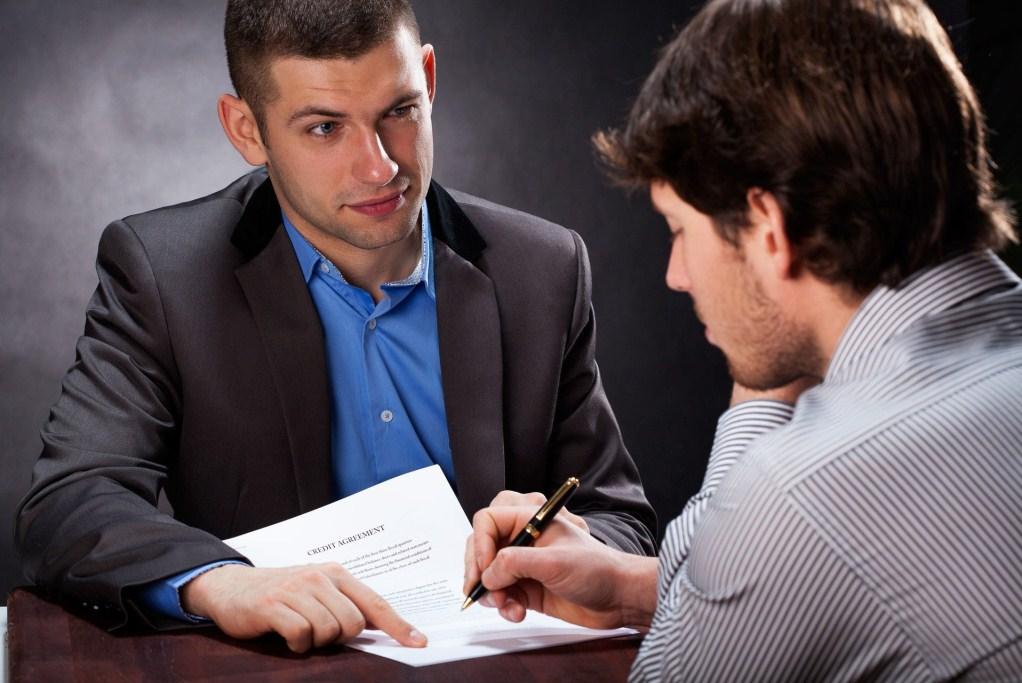 как проверить полис ОМС на подлинность, как не оказаться жертвой мошенников