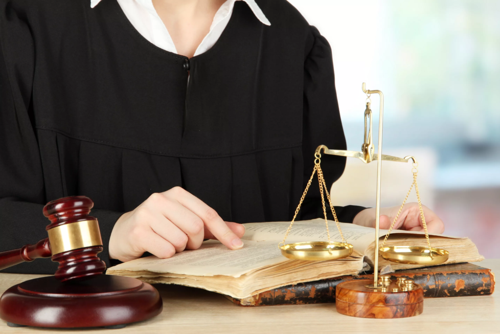 понятие страхования профессиональной ответственности адвоката